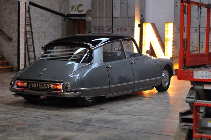 179 best images about citroen ds on pinterest car vintage cars and dream cars. Black Bedroom Furniture Sets. Home Design Ideas