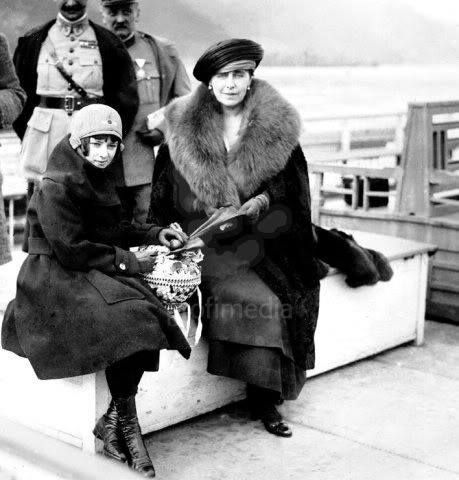 Queen Marie of Romania and Princess Ileana