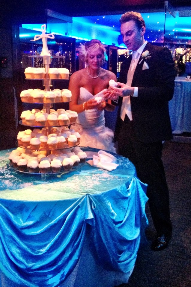 Alissa and Kevin chose to have cupcakes instead of a cake! Yummy. #roostertail #wedding #cupcakes #bride #groom