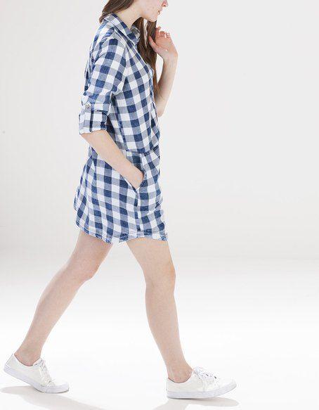 Denimowa sukienka w kratkę   FASHIONLOVERS