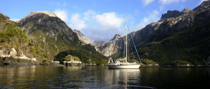 54° 47′ 0″ S, 64° 15′ 0″ W  Reportaje fotográfico de viaje: Isla de los Estados