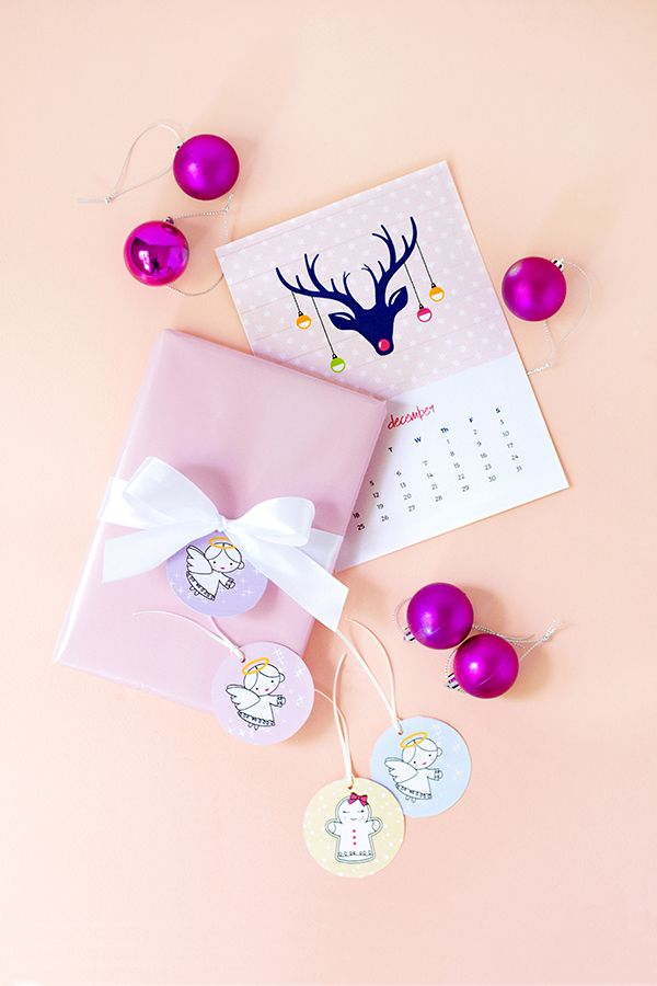 Reindeer December 2016 calendar and Christmas angel and gingerbread lady gift tags - free printable download