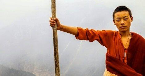 I monaci tibetani sono conosciuti per vivere incredibilmente a lungo e questo non ci sorprende più di tanto se consideriamo lo stato di pace in cui vivono e il paradiso incontaminato in cui vivono. E' importante quindi anche analizzare qual è la loro dieta per comprendere come un corpo così in pace
