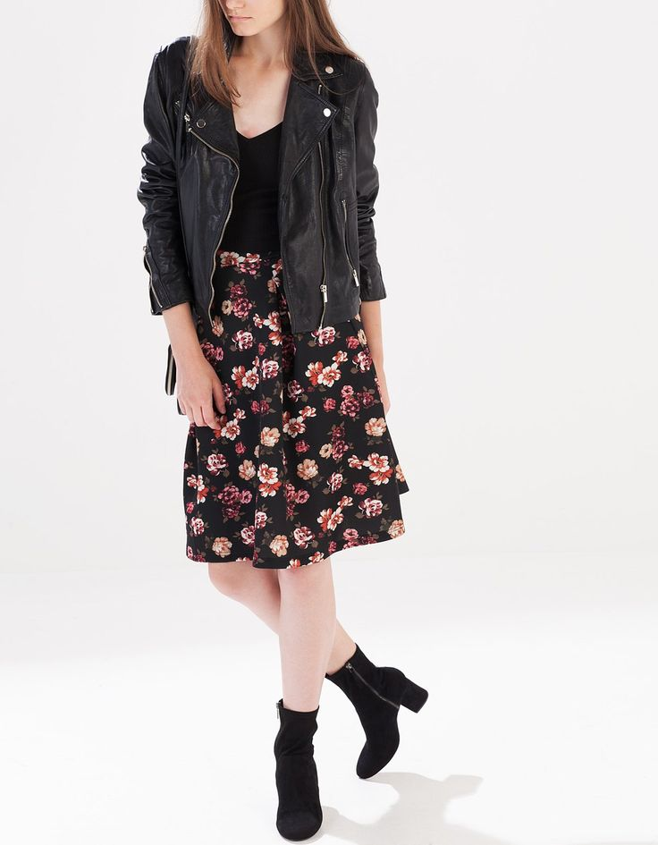 Print neoprene skirt - SKIRTS - WOMAN | Stradivarius Turkey