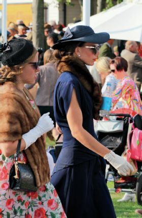 2014 goodwood revival attendees 05
