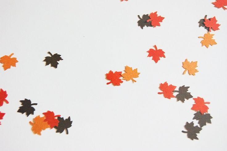 Stanzen - Herbstliche Bastelideen aus Papier - Federwolke