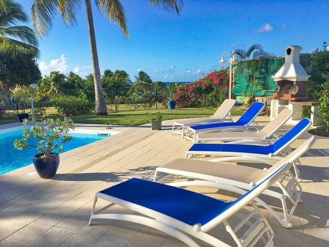 Antilles Guadeloupe Location De Villas En Guadeloupe En 2020 Vacances Guadeloupe Locations Vacances Villa