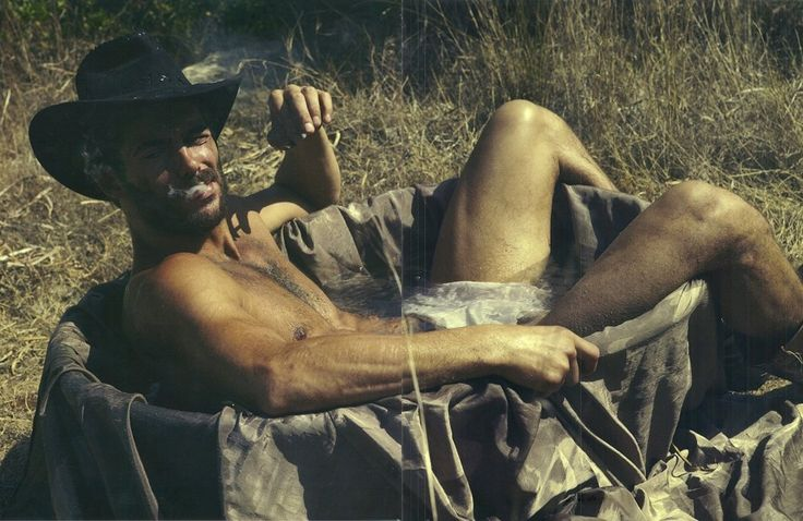 Naked cowboy magazine — photo 4