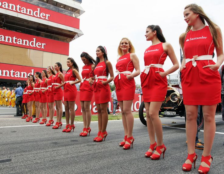 14648 grid girls of barcelona just part of the formula one spanish grand prix experience. Black Bedroom Furniture Sets. Home Design Ideas