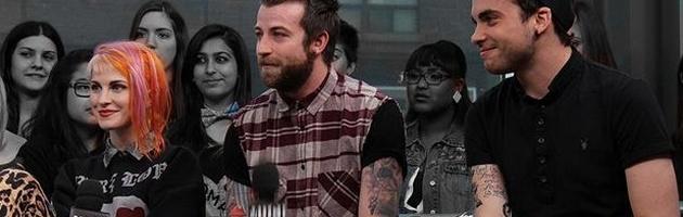 O Paramore esteve nos estudios da canadense Much Music ontem para o programa New Music Live para discutir sobre o novo album, que foi lançado no mês passado, o ressurgimento do gênero punk rock/emo entre outros assuntos.