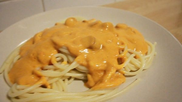 espaguetis en salsa de curry  | libroderecetas.com