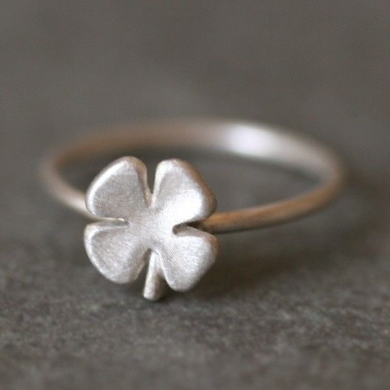 Small Four Leaf Clover Ring in Sterling by michellechangjewelry, $62.00