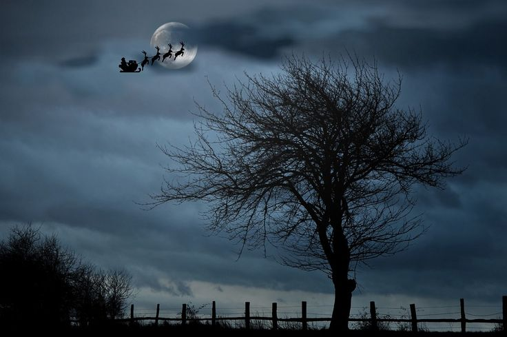December's FULL COLD MOON will be on Christmas Day this year! Find December moon phases, moon names, and best days by the moon here!