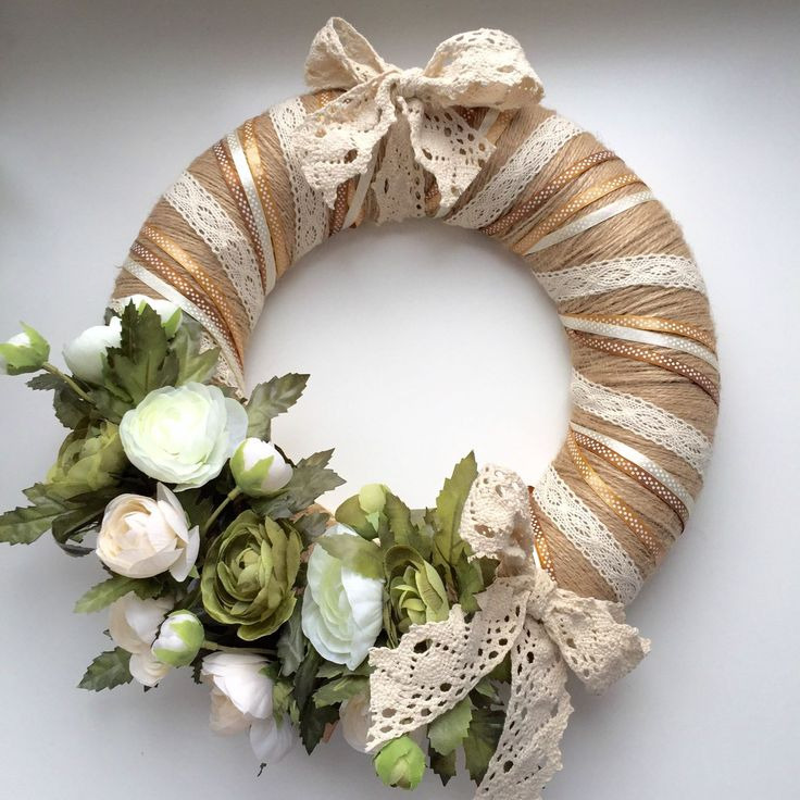 Купить Венок на дверь с цветами и кружевом - венок на дверь, венок ручной работы, украшение интерьера