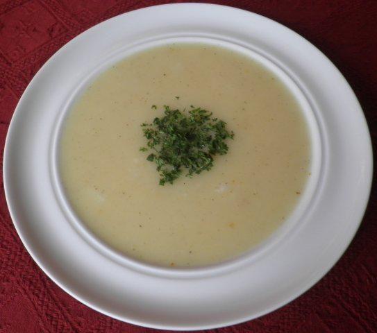 Das perfekte Suppe ... ... aus Spargelschalen-Rezept mit Bild und einfacher Schritt-für-Schritt-Anleitung: Ich bin nicht unbedingt der Spargelesser. Also…