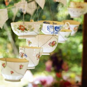 Teacup candle holders - Make decorations for the garden - craft ideas - allaboutyou.com