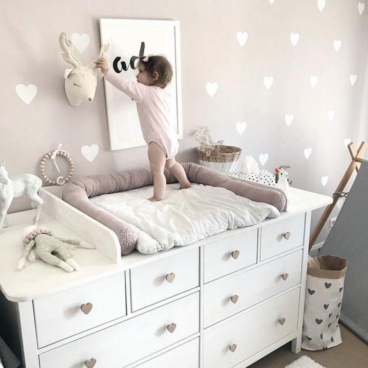Wickelkommode Diy Ikea Hemnes Hack In 2020 Ikea Babyzimmer Wickelkommode Madchenzimmer