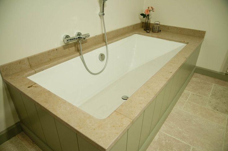Natuursteen marmeren jura als bad afwerking badkamer pinterest - Marmeren douche ...