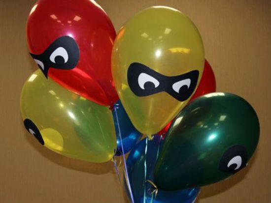 Manualidades con globos para decorar una fiesta de cumpleaños