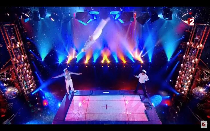 Trampoline professional show entertainers