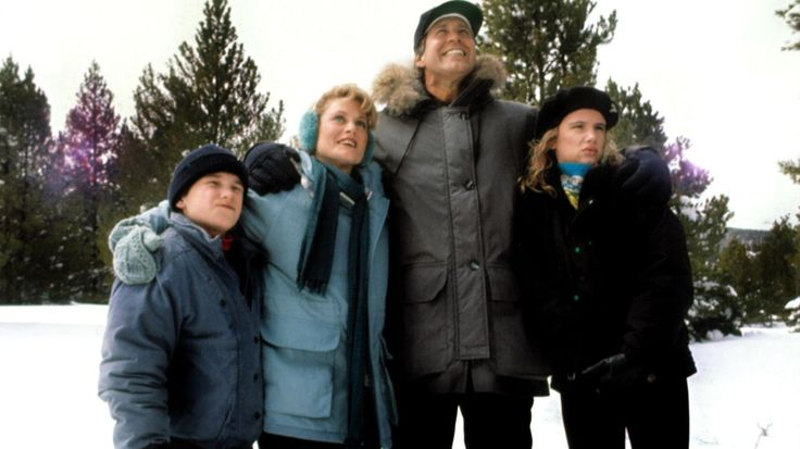 From freak snowstorms to the comedic cyclone that is Chevy Chase, the cast and creators reveal the secrets behind this beloved holiday-movies classic