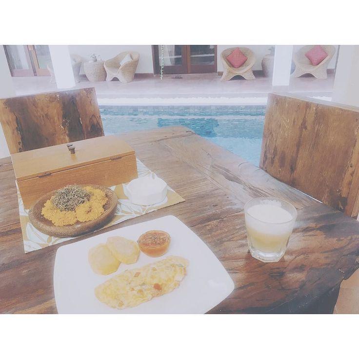 Today's breakfast.  昨日の反省を活かし少なめw あーここのホテルすごい好きーもうチェックアウト悲しいまた来たいなー  #bali #canggu #sedasalodge #travel #calm #chillday #breakfast