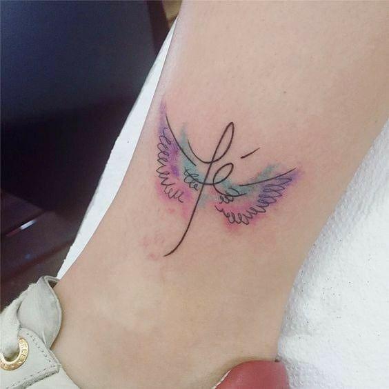 #fé #tattoo #tattoos #tattooart #tatoos #tatoo #tatuagens  #tatuagem #tatuagem #lovetattoo #f… | Tatuagens femininas delicadas, Tatuagem pequeno, Melhores tatuagens