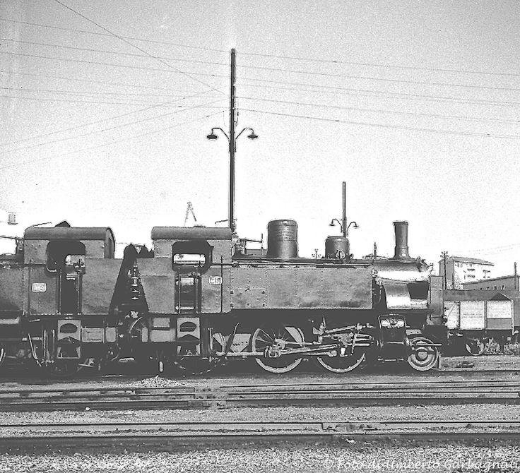 Locomotiva a vapore FS-880....(ex 875....) - Deposito lok.  di Alessandria (I) - 08 giu 1960 - © Umberto Garbagnati -