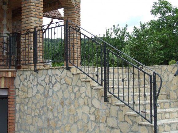 Lépcsőkorlát, Páty