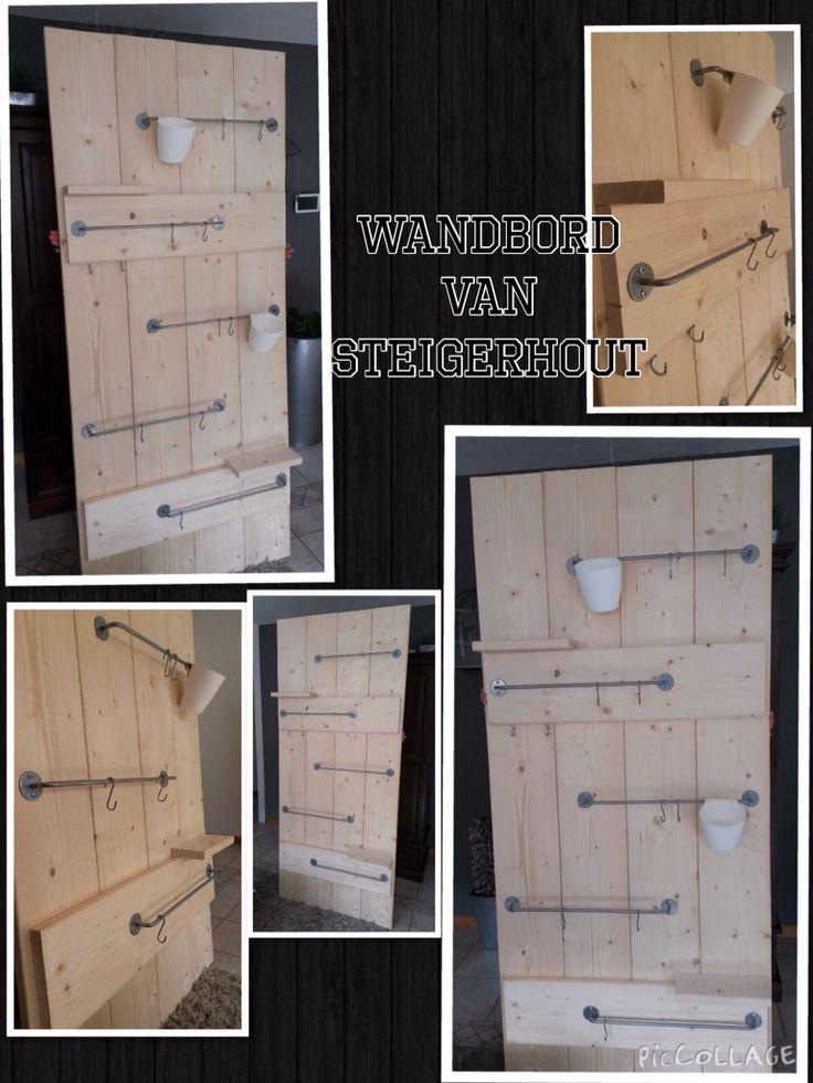 Wandbord van 200x80 cm. Veelzijdig door haken, grepen en plankjes.