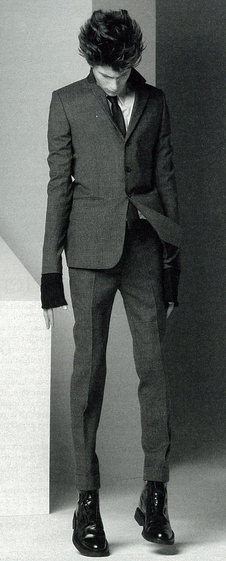 Hedi Slimane-designed Dior Homme skinny suit