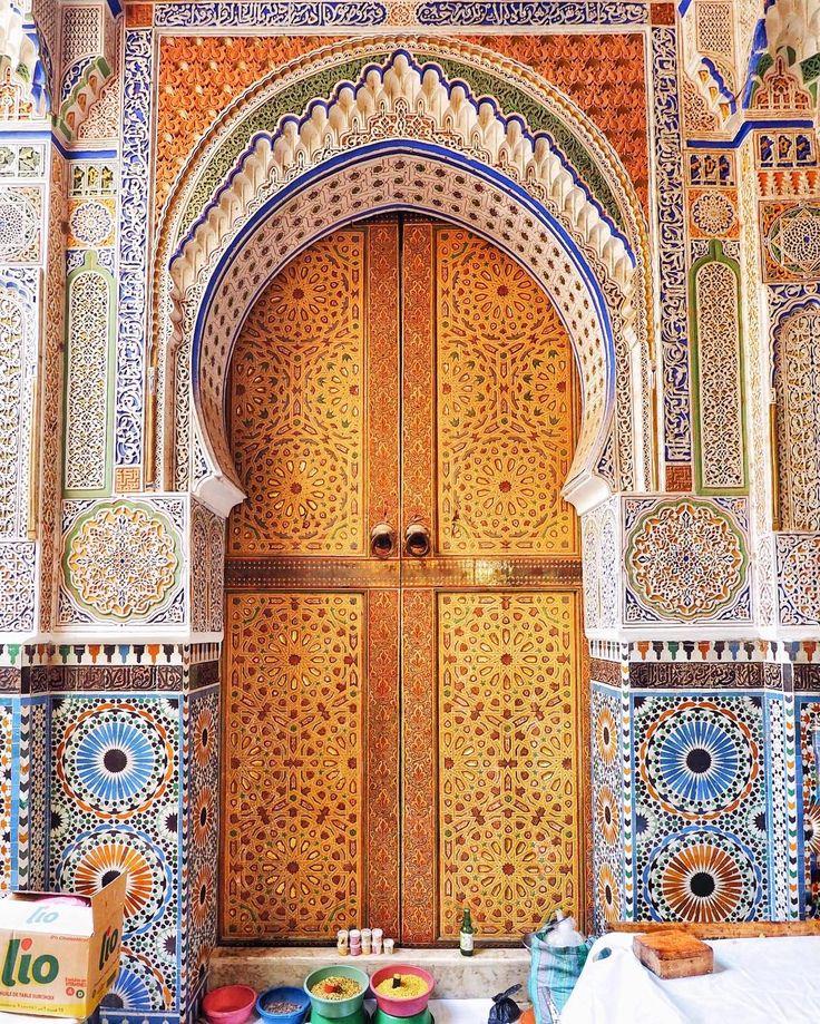 9,365 отметок «Нравится», 91 комментариев — ANASTASIA 🌎Moscow, Russia (@miss_anastasia_u) в Instagram: «Марокко, Фес 🇲🇦 В тот день мы вышли из отеля и по картам maps.me отправились на прогулку🙈как только…»