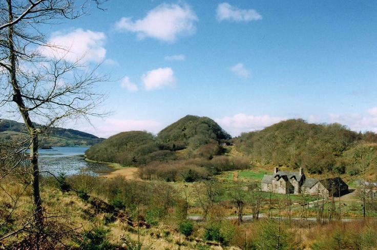 Seafield Farmhouse and Byre and Stable Cottages on fifty acre smallholding at the head of Loch Sween near Achnamara