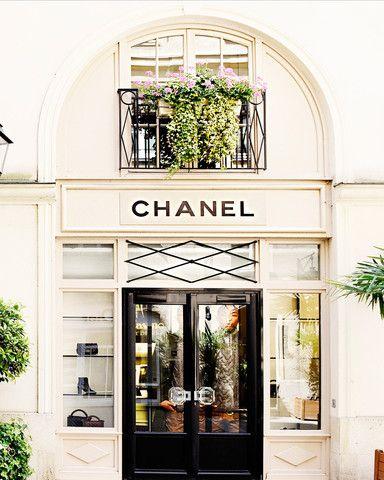xoxo Chanel