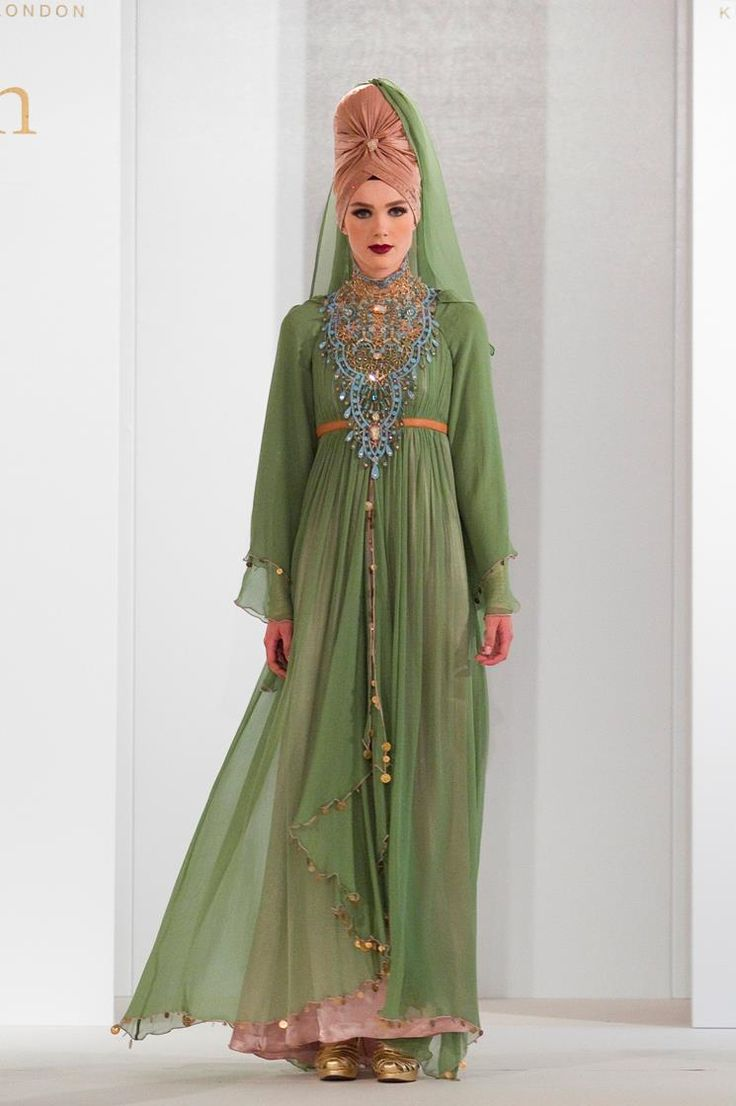 Muslim women fashion clothes