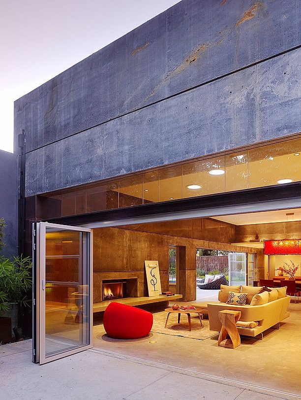 Love the finishings inside and out on this home - This California residence by Cheng Design.