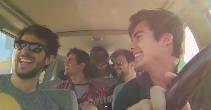DVICIO, es un grupo de pop rock, Español, que se ha hecho viral luego de que subieran un video de una de sus canciones grabadas de manera acustica en su coche. Un poco al estilo de las chicas Russas con la canción de MAMA LUBA, Dvicio, a logrado traspasar ya más de los 84 mil compartirdos en pocos minutos, por lo que sabemos que a las mujeres les encanta la idea de ver a 5 hombres cantando para ellas y pidiéndoles que se enamoren. Martín Ceballos, Andrés Ceballos, Luis Gonzalvo, Alberto…