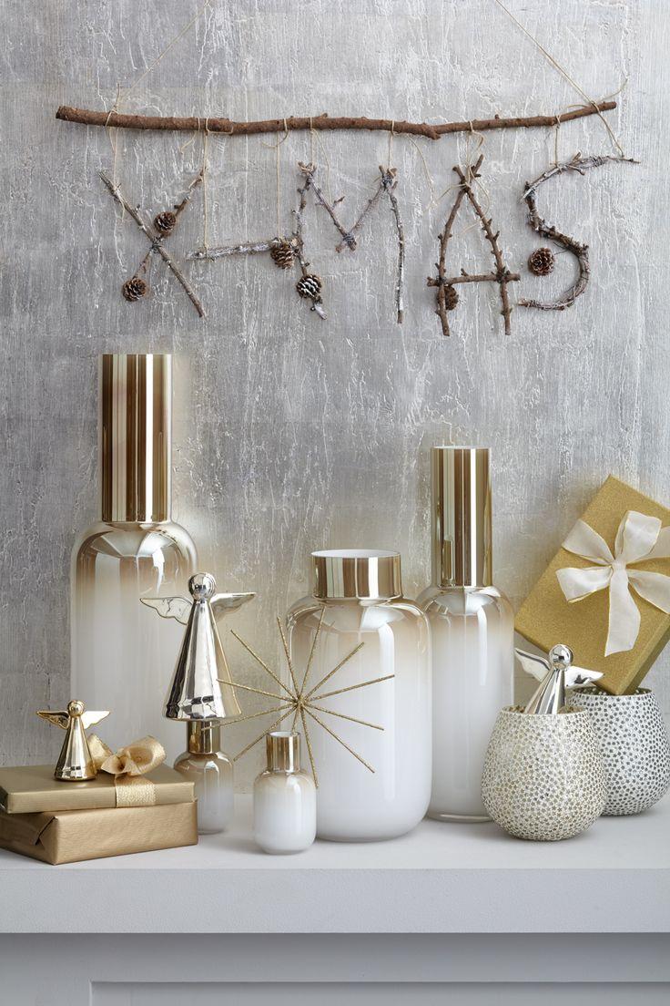 Festliche Weihnachtsdeko - Die LEONARDO Vasen der Serie d`Oro mit Farbverlauf in Gold und Weiß.