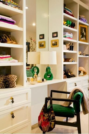 Love The Pops Of Kelly Green In This Posh Closet/vanity.