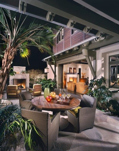 layout of opening to half covered and other half not covered!  Tropical style brought to Newport Beach. Sennikoff Architects.