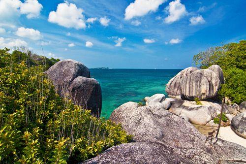 Tukong Island, Belitong Island, Indonesia on Behance https://www.behance.net/gallery/18914305/Belitong-Island-Indonesia