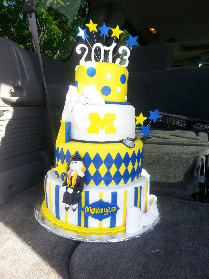 Michigan Themed Graduation Cake Shared By Makayla Kelly