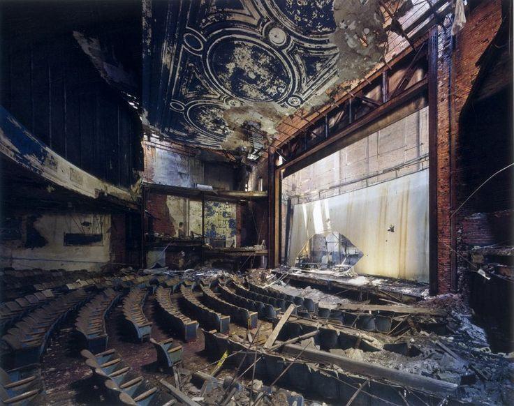デトロイトの病院、ホテル、腐海の廃墟の写真・画像 : ゴーストタウン 廃村 廃校 打ち捨てられた場所 - NAVER まとめ
