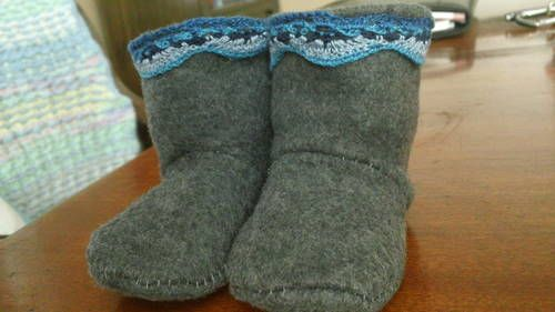 Baby Winter Boots - CLOTHING ~ free pattern and tutorial