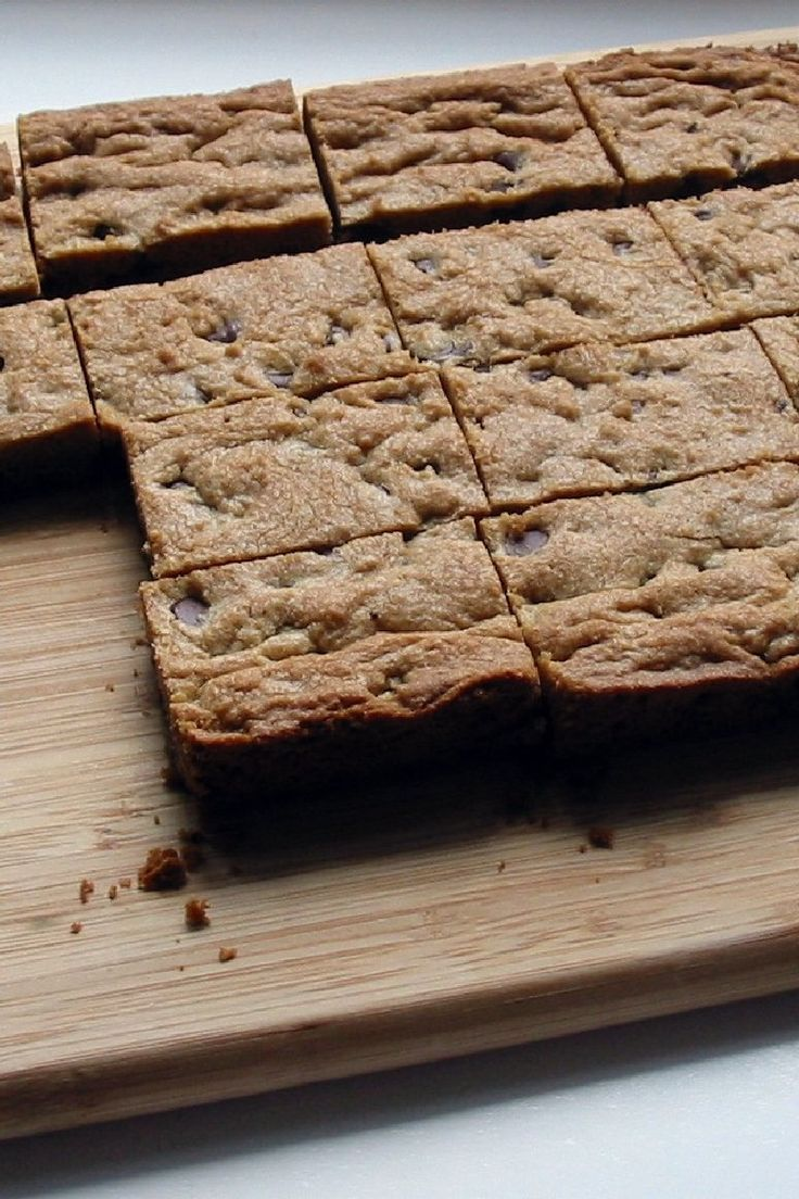 #Weight_Watchers Chocolate Chip Blondies #Dessert #Recipe