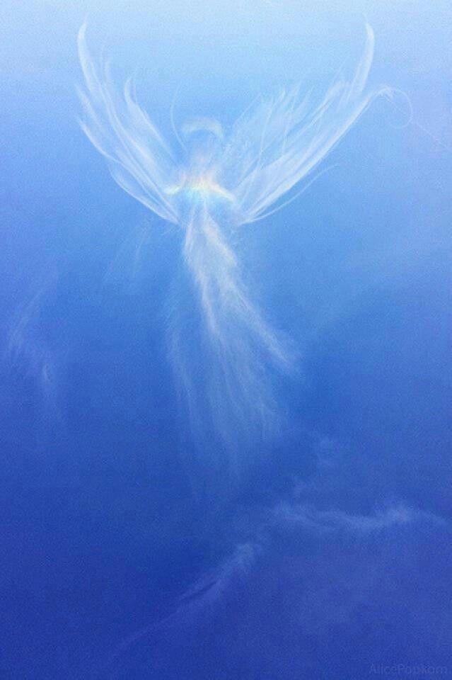 Картинка крылья ангела в небе