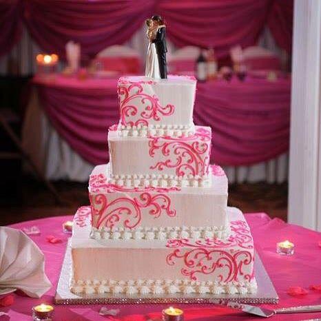 Pretty In Pink..... #Pink #Wedding #Theme #WeddingTheme #Indian #Style #Fashionista #EastMeetsWest #IndianWeddingTheme #BigFatIndianWedding #Stylish