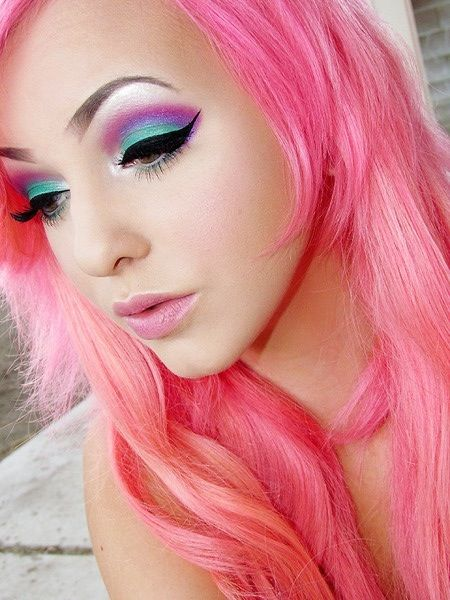 pretty colorful eye makeup, pink purple and turquoise
