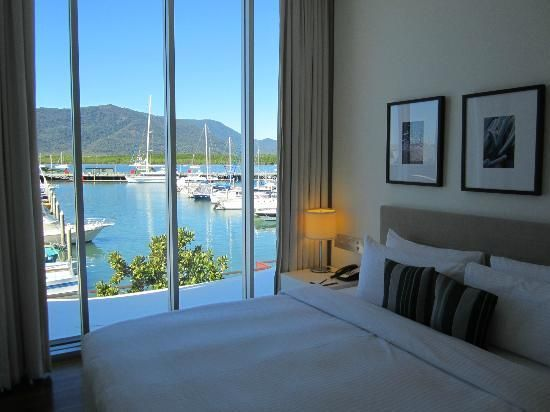 Shangri-La Hotel, The Marina, Cairns: King room in suite #Australia http://www.tripadvisor.com.au/ShowForum-g255067-i460-Queensland.html