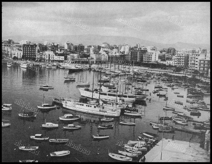 Λιμάνι Ζέας (Πασαλιμάνι), Πειραιάς, 1966.